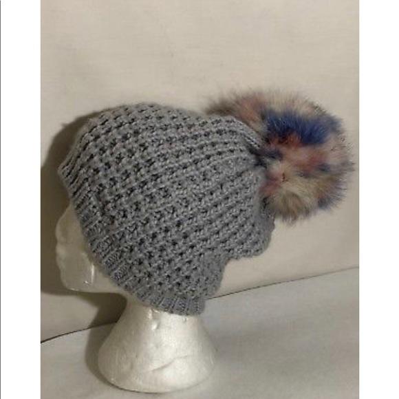 OS Purple Women/'s Kyi Kyi Genuine Fox Fur Pom Pom Waffle Knit Beanie Hat